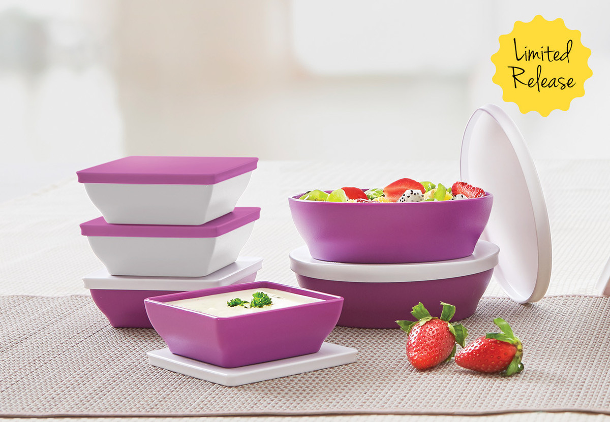 Small Ichigo Set Tupperware